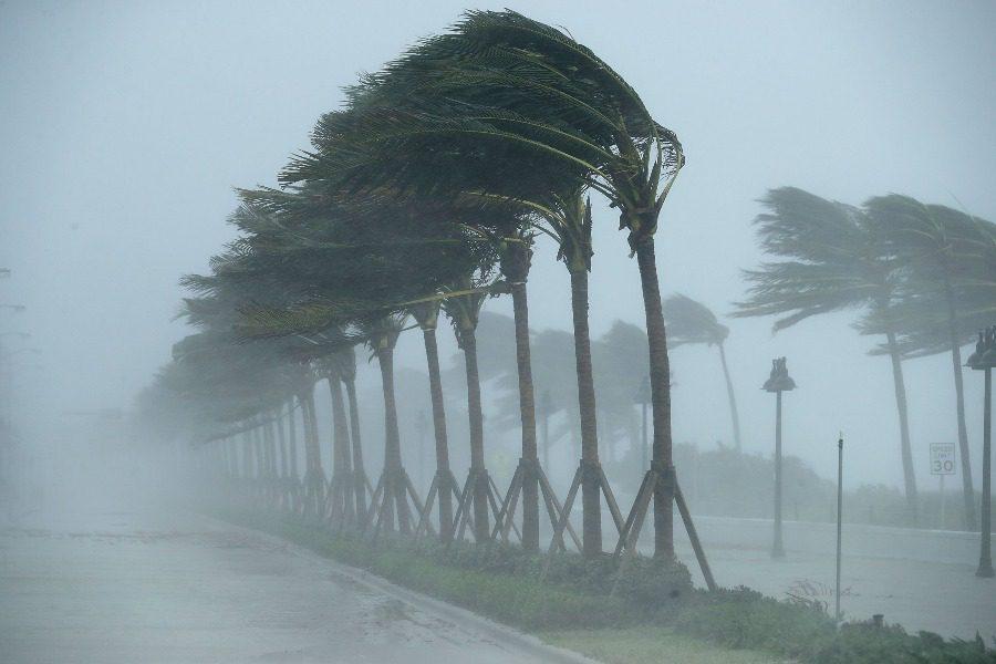 Για ποιον λόγο οι τυφώνες έχουν ανθρώπινα ονόματα;