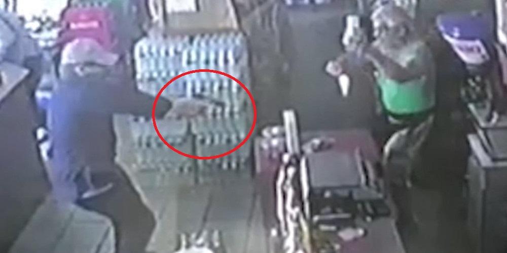 Βίντεο-σοκ από το Φάληρο: Η στιγμή που ληστής πυροβολεί εν ψυχρώ ιδιοκτήτη κάβας
