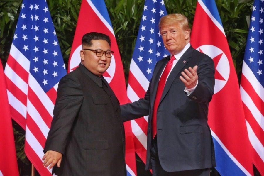 Ολοκληρώθηκε η ιστορική συνάντηση Τραμπ‑Κιμ ‑ Πήγε καλύτερα από ό,τι περιμέναμε