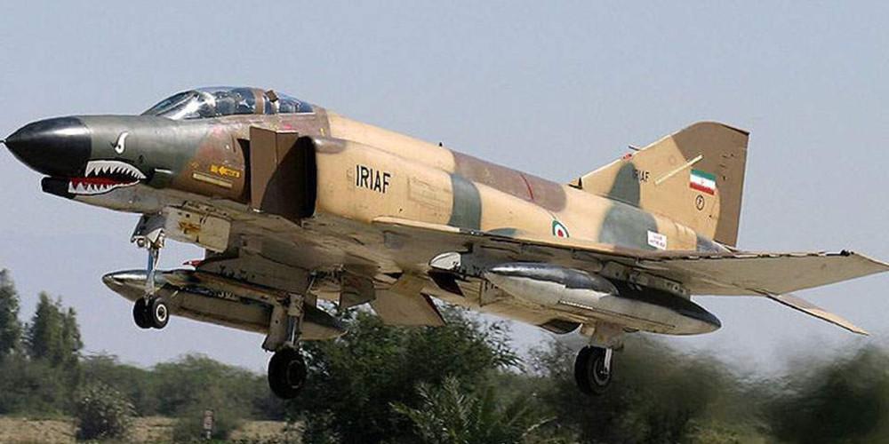 Συνετρίβη στρατιωτικό αεροπλάνο στο Ιράν – Σώοι οι πιλότοι