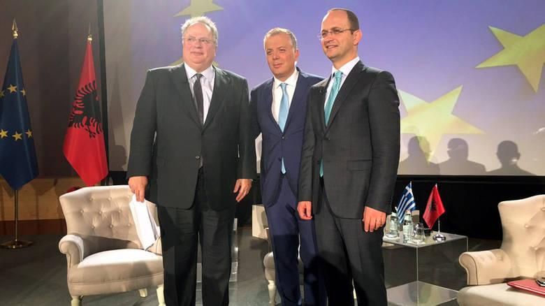Συμφωνία Ελλάδας-Αλβανίας: Επέκταση αιγιαλίτιδας ζώνης 12 ν.μ και ΑΟΖ- Κατάργηση εμπολέμου – Προοίμιο εξελίξεων σε Αιγαίο