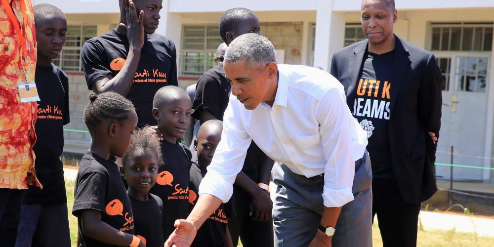 Ο Μπάρακ Ομπάμα επισκέφθηκε κέντρο αθλητικής κατάρτισης παιδιών στην Κένυα [εικόνες]
