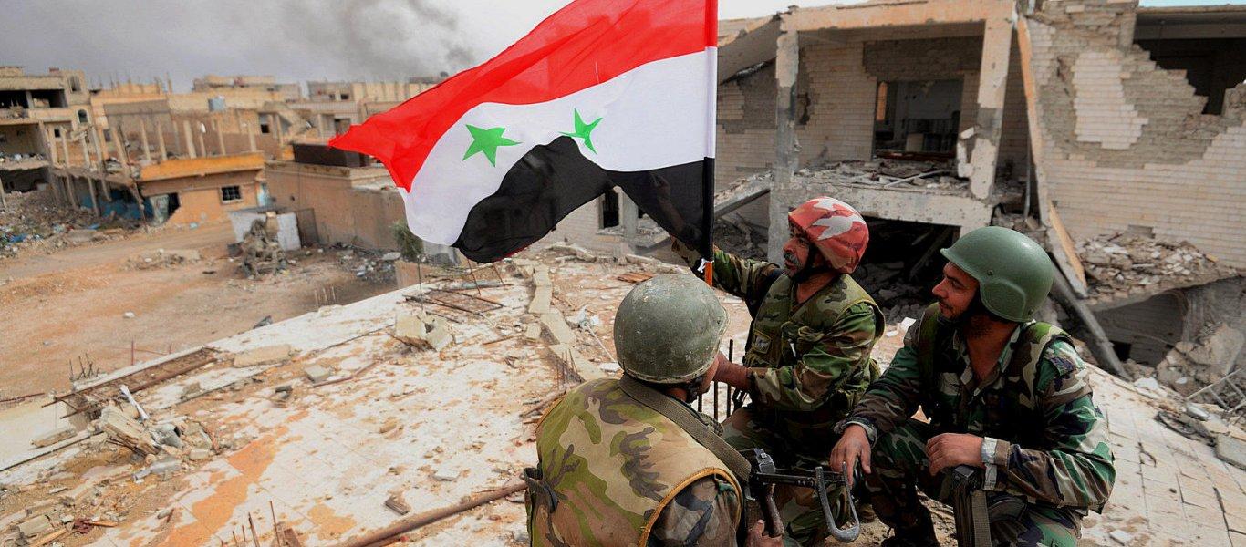 Oι ισλαμιστές παραδόθηκαν στην Κουνέιτρα – Ο συριακός Στρατός έφτασε στα σύνορα με Ισραήλ για πρώτη φορά από το 2012!