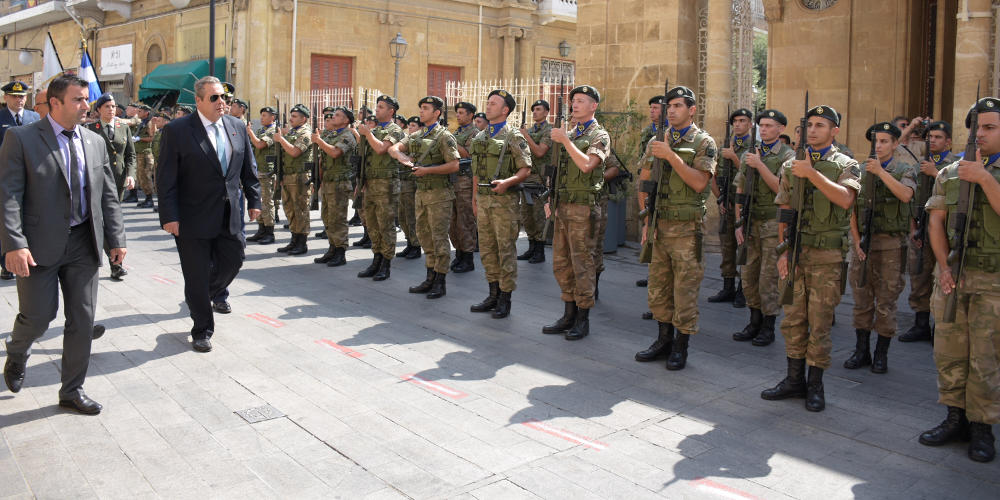 Γούχα στον Καμμένο στην Κύπρο για το Σκοπιανό – Συνελήφθησαν 12 άτομα