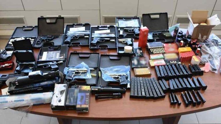 Εξαρθρώθηκε μεγάλο κύκλωμα παράνομης διακίνησης όπλων από την Αστυνομία – Ηρακλειώτης ο εγκέφαλος