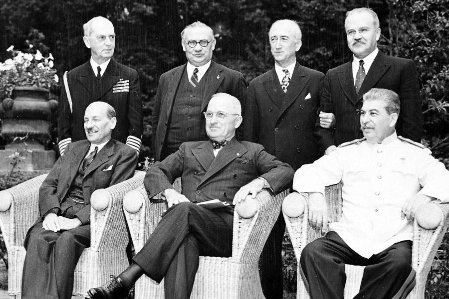 Σαν σήμερα: Η συνάντηση κορυφής που τερμάτισε τον Β` Παγκόσμιο Πόλεμο