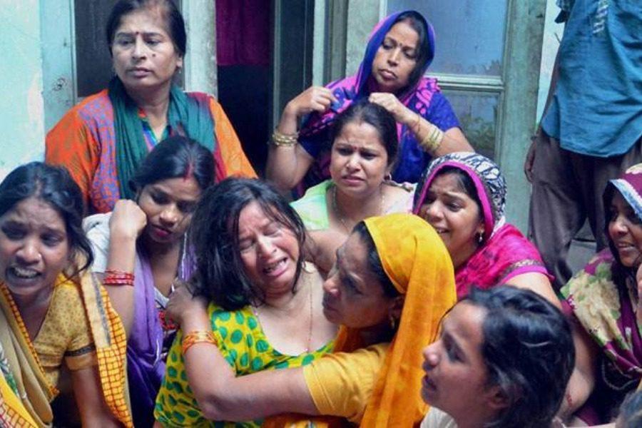 Η τιμωρία των γυναικών που δεν δίνουν αρκετή προίκα στην Ινδία