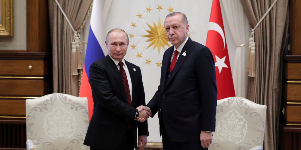 Le Monde: Στην αγκαλιά του Πούτιν ο απομονωμένος Eρντογάν