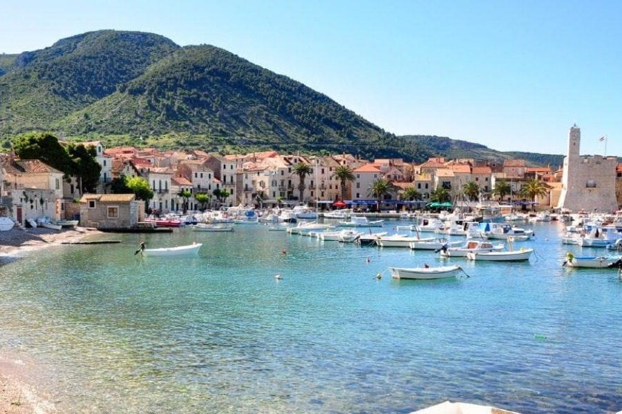 To νησί της Κροατίας που χρησιμοποίησαν ως… ελληνικό για το Mamma Mia