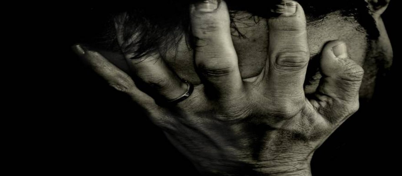 Μνημόνια: 8 χρόνια πόνου και καταστροφής που τα ακολουθούν δεκαετίες απαξίωσης και παρακμής…
