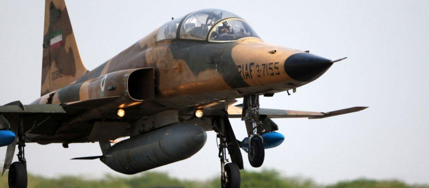 Το Ιράν κατασκεύασε το δικό του μαχητικό τζετ και το παρουσιάζει – Έρχονται και τα ιρανικά S-300
