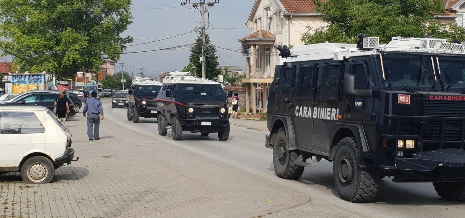 Αρκετά κρίσιμη η κατάσταση πλέον: Φόβοι για μακελειό – Ειδικές δυνάμεις του Κοσσυφοπεδίου σπεύδουν σε Σερβικές περιοχές – Βούτσιτς: «Δεν θα επιτρέψουμε την βία»