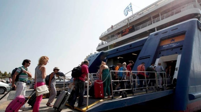 Την Κρήτη επιλέγουν οι εκδρομείς του Δεκαπενταύγουστου – Αυξημένη κίνηση στα λιμάνια