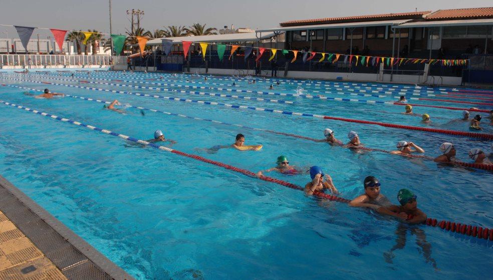 Οι γονείς θα… πληρώσουν το λίφτινγκ στο κολυμβητήριο