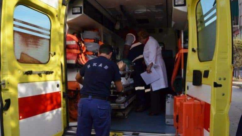 Τροχαίο στην εθνική – Βαριά τραυματίας αιμόφυρτος στο οδόστρωμα