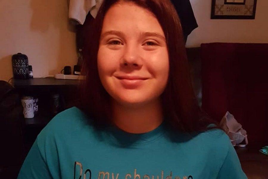 Έφηβη συνελήφθη για το… μπλουζάκι της!