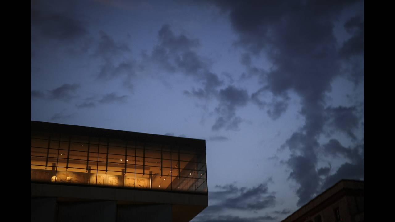 Κακοκαιρία: Κλειστά τα σχολεία σε Τήνο, Άνδρο και Μύκονο εξαιτίας των θυελλωδών ανέμων