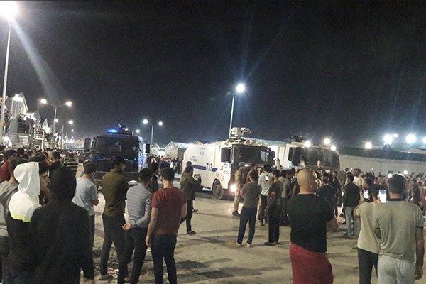 Έντονες κοινωνικές ταραχές στην Τουρκία: Επεισοδιακές απεργίες και εξεγέρσεις στην Κων/πολη κατά του Ερντογάν – Συνεχίζεται η κατρακύλα της λίρας
