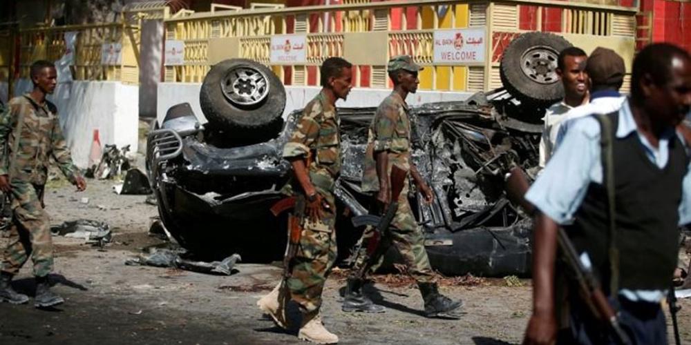 Μακελειό στη Σομαλία: Έξι νεκροί από επίθεση καμικάζι στο Μογκαντίσου