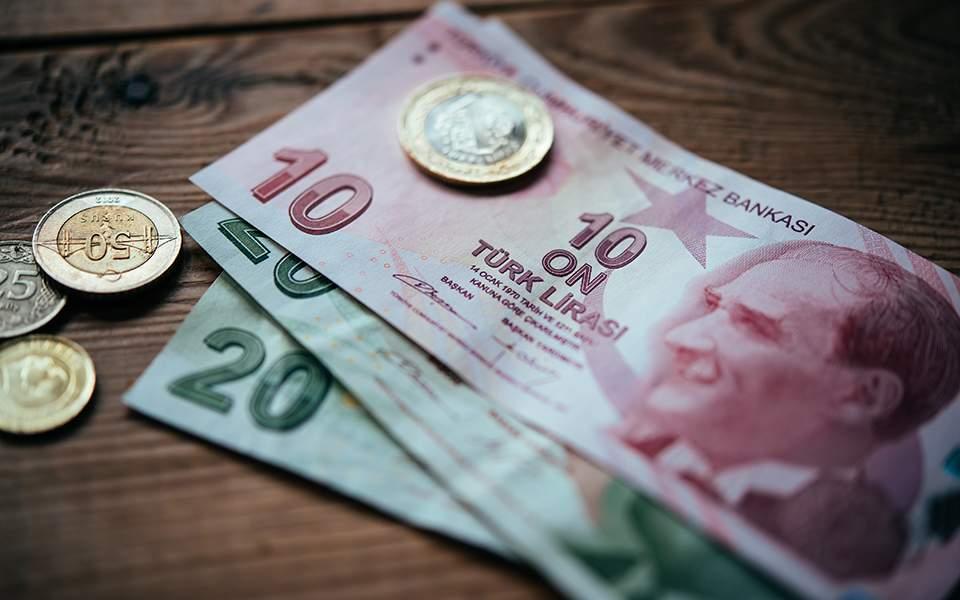 Ραγδαία επιδείνωση της τουρκικής οικονομίας: Έκθεση δεκάδων ευρωπαϊκών επιχειρήσεων και ιδρυμάτων – «Έρμαιο» της λίρας οι παγκόσμιες αγορές