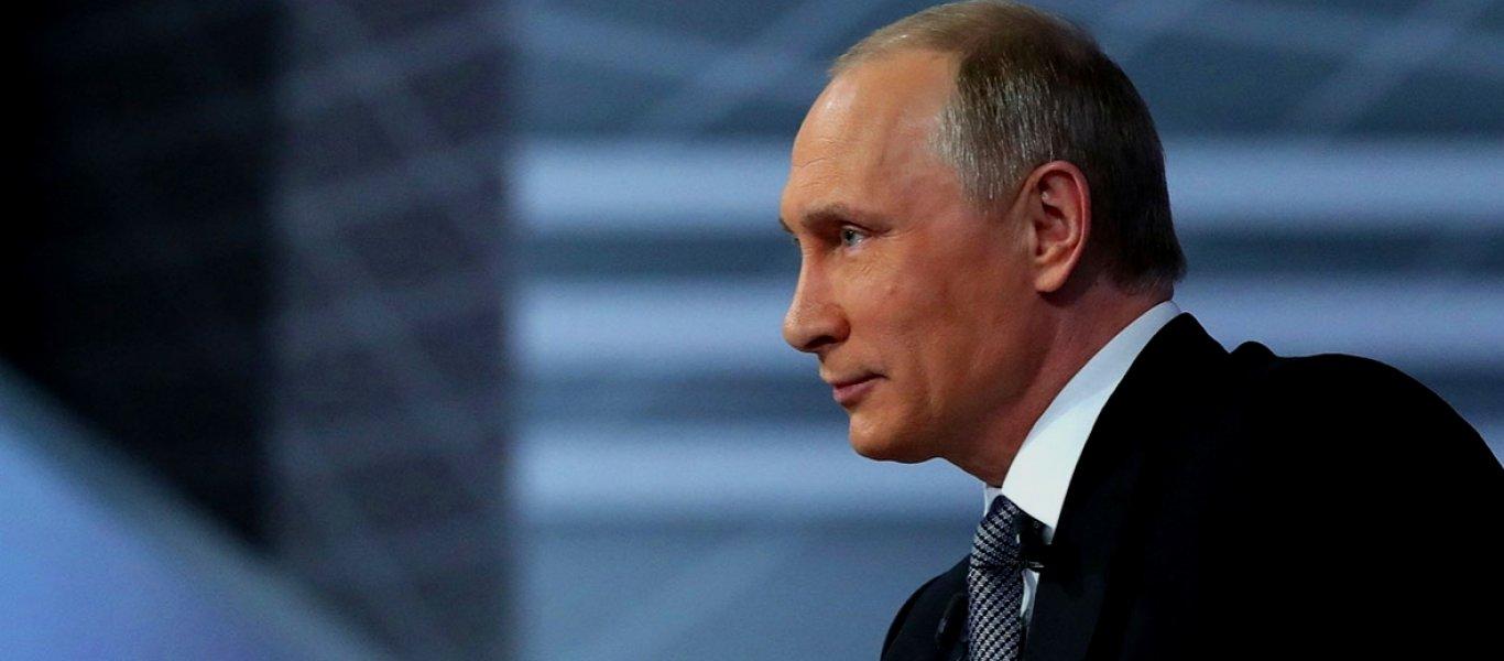Η «εκθρόνιση» του Β.Πούτιν: Στην 3η θέση της δημοφιλίας των ξένων ηγετών κατρακύλησε ο Ρώσος πρόεδρος στην Ελλάδα!