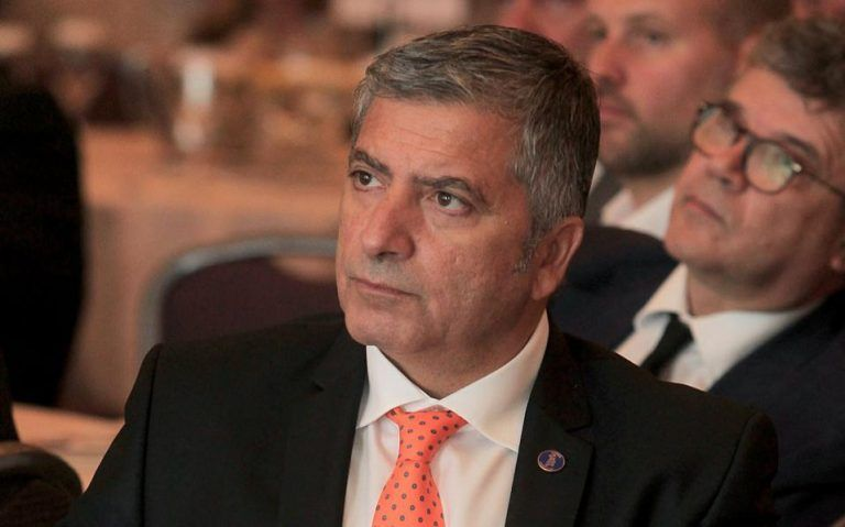 «Κλείδωσε» ο Πατούλης κόντρα στη Δούρου: Οι γαλάζιες υποψηφιότητες που έκλεισαν κι αυτές που εκκρεμούν