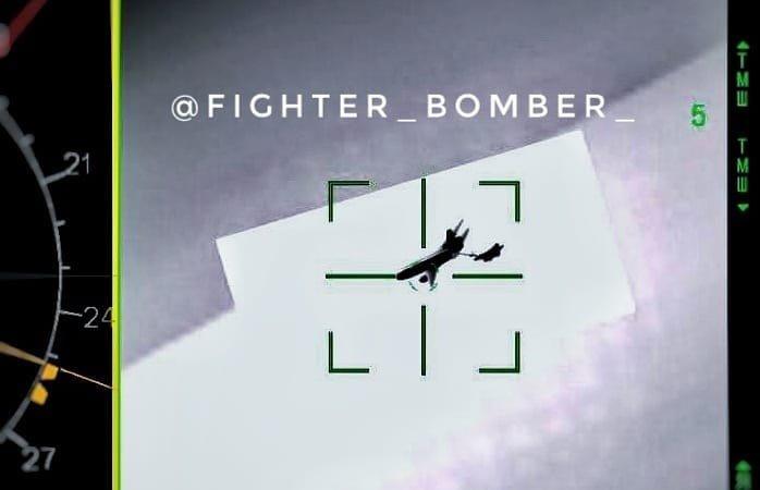 Οι Ρώσοι πήραν το «σκαλπ» των Αμερικανών – Su-35S «εγκλώβισαν» KC-135 και F-15 στη Συρία – Έφαγαν πολύ «ξύλο» – Εικόνες