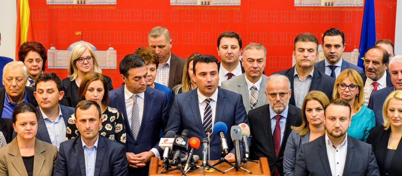 «Βίος και πολιτεία» οι 8 αποστάτες του Ζ.Ζάεφ – Πήραν συγχωροχάρτι για να μην πάνε φυλακή και είπαν «Ναι» στη συμφωνία
