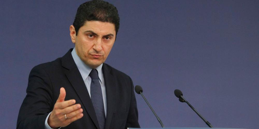 Αυγενάκης: Η χώρα έχει δύο υπουργούς Εξωτερικών και δύο προϋπολογισμούς