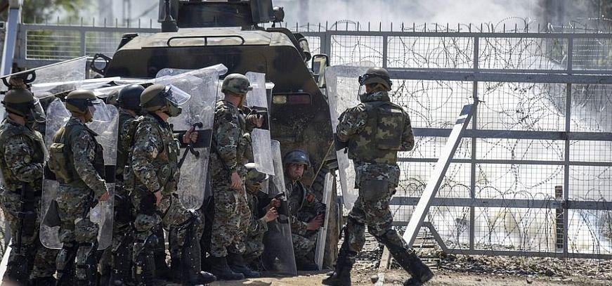 Επεισόδιο στα σύνορα Σκοπίων-Ελλάδας – Σκοπιανοί στρατιώτες έριξαν προειδοποιητικές βολές – Συμπλοκή με μετανάστες