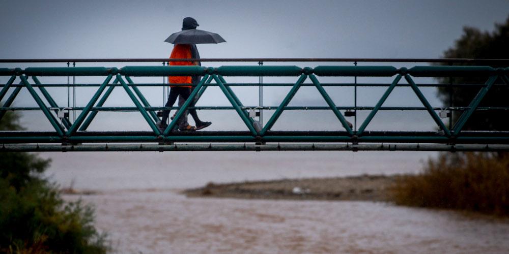 Πρόγνωση καιρού: Συννεφιά, βροχές και αφρικανική σκόνη μας επιφυλάσσει ο καιρός την Δευτέρα