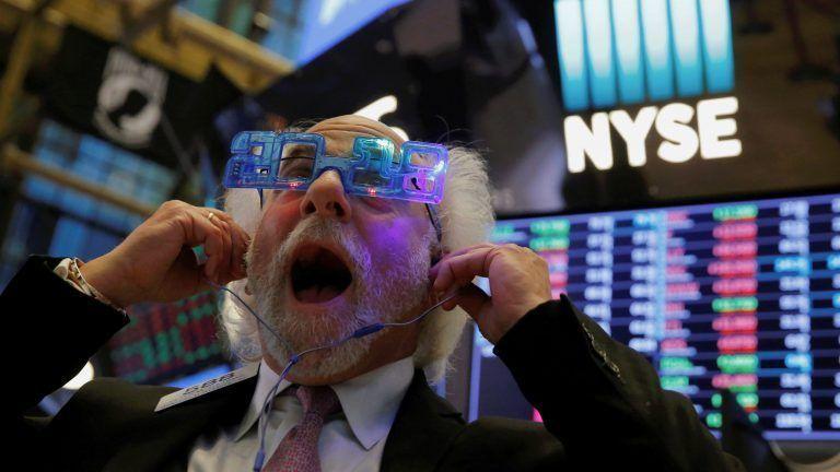 «Σφαγή» στη Wall Street: Βουτιά 830 μονάδων για τον Dow Jones, στο -4% ο Nasdaq