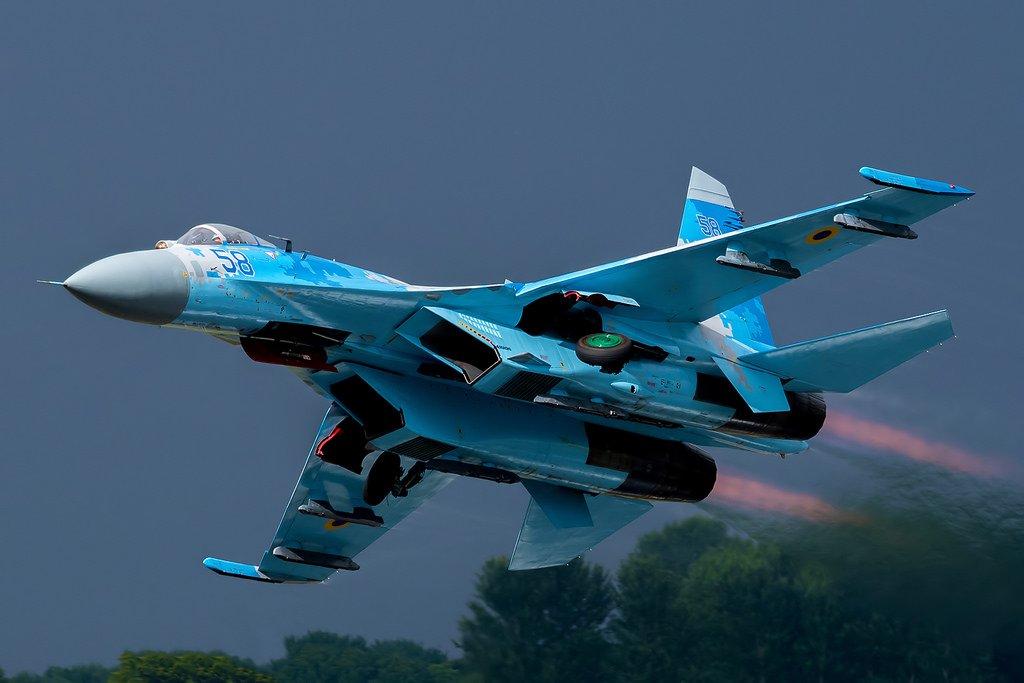EKTAKTO: Συνετρίβη ουκρανικό μαχητικό αεροσκάφος Su-27 – Ένας Αμερικάνος και ένας Ουκρανός νεκροί
