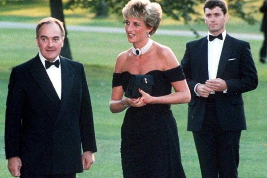 Η ιστορία πίσω από το φόρεμα εκδίκησης της Diana