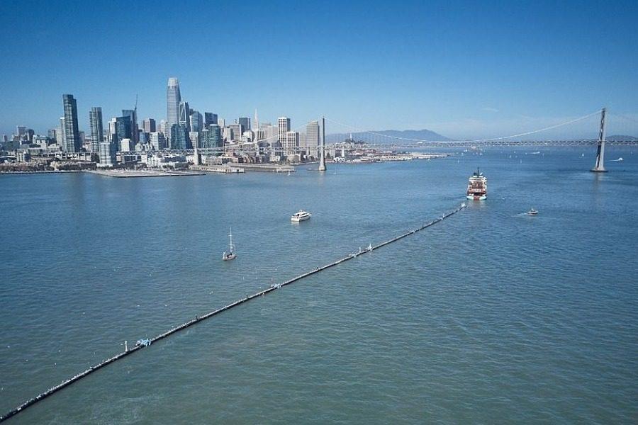 Ο σωλήνας που καθαρίζει τους ωκεανούς