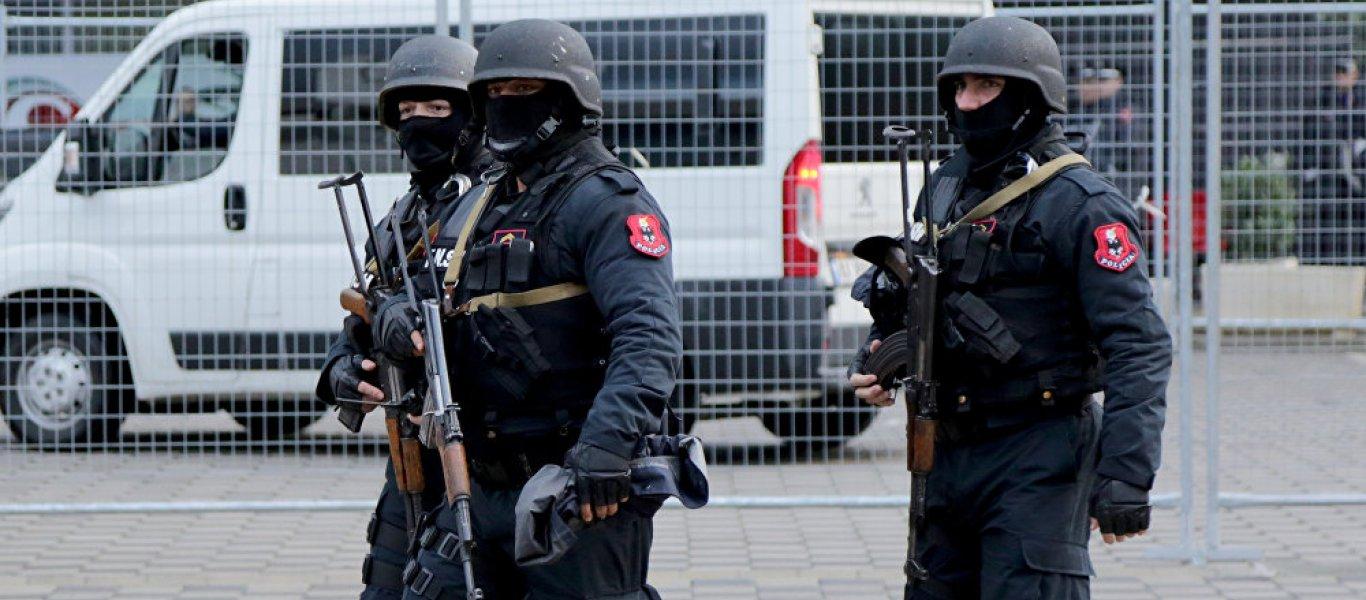 Τα Τίρανα απελευθέρωσαν τους Έλληνες συλληφθέντες ομογενείς: «Ήθελαν να μας εκφοβίσουν – Να δείξουν ότι κάνουν κουμάντο»