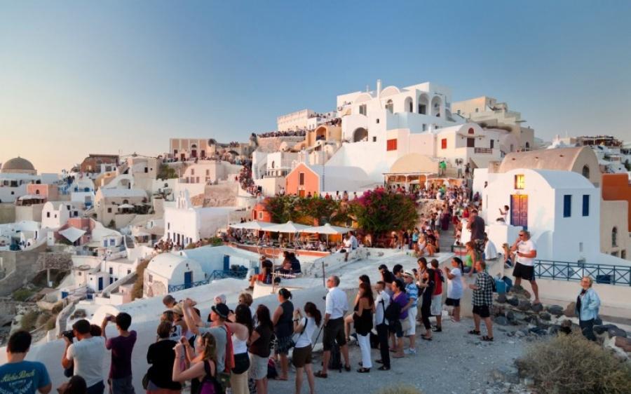 Οριακά αυξημένες οι αφίξεις Ρώσων τουριστών στην Ελλάδα το 9μηνο 2018, στις 782.000