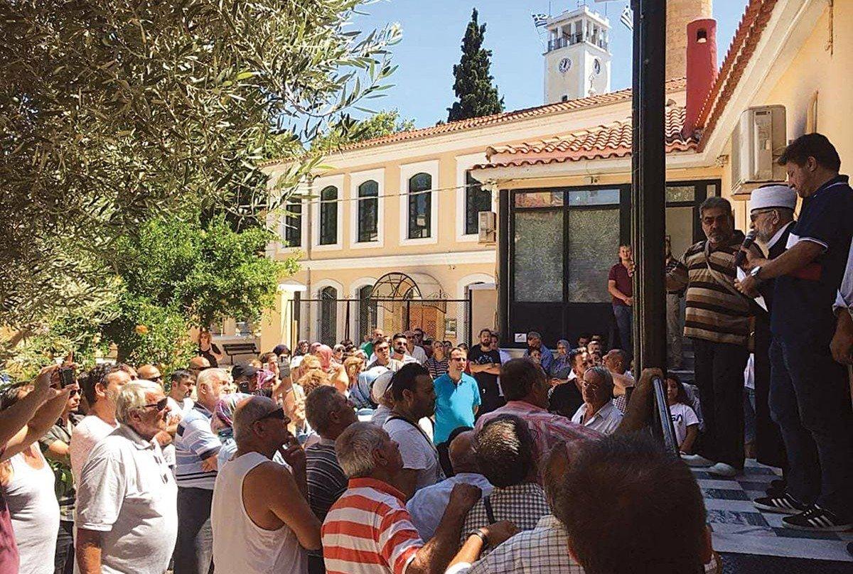Σε εξέλιξη «πόλεμος» κατά του Ελληνισμού: Σε καλύτερο εργασιακό καθεστώς οι μουφτήδες – Ο ΣΥΡΙΖΑ «αποκαθηλώνει» την Ορθοδοξία και ανυψώνει το Ισλάμ