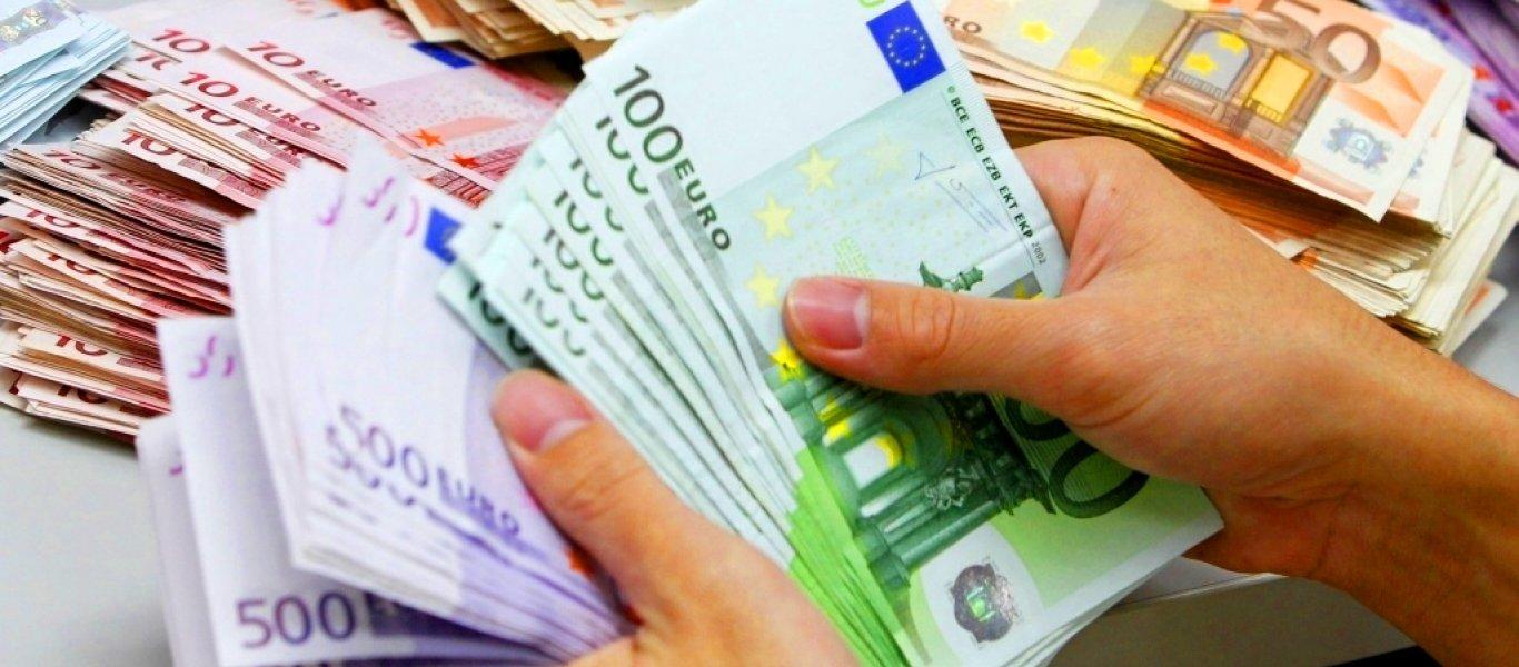 «Πόλεμος» για τα 19.000.000 ευρώ που βρέθηκαν σε βίλα στο Νέο Ψυχικό – Τι λέει το ΚΙΝΑΛ, τι απαντά η «Δημοκρατία»