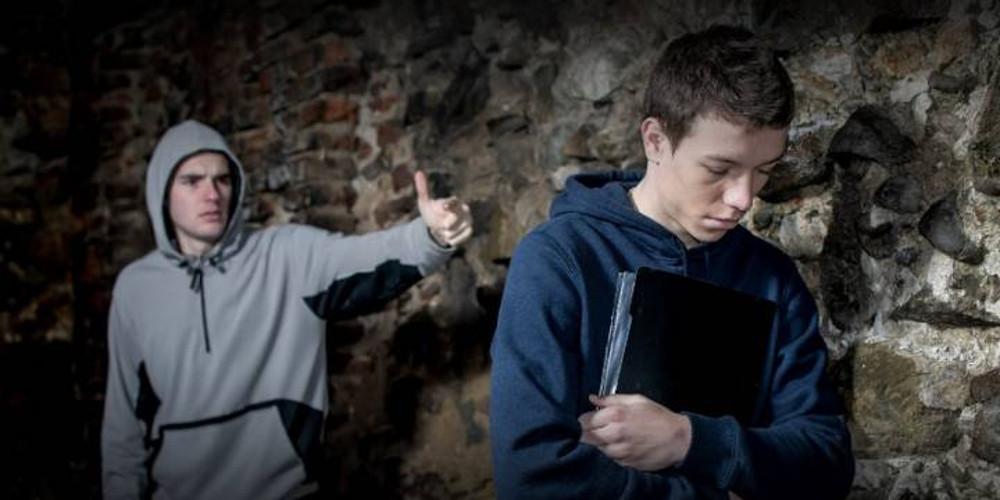 Σοκ στην Αργυρούπολη: Aπόπειρα αυτοκτονίας από 15χρονο λόγω bullying