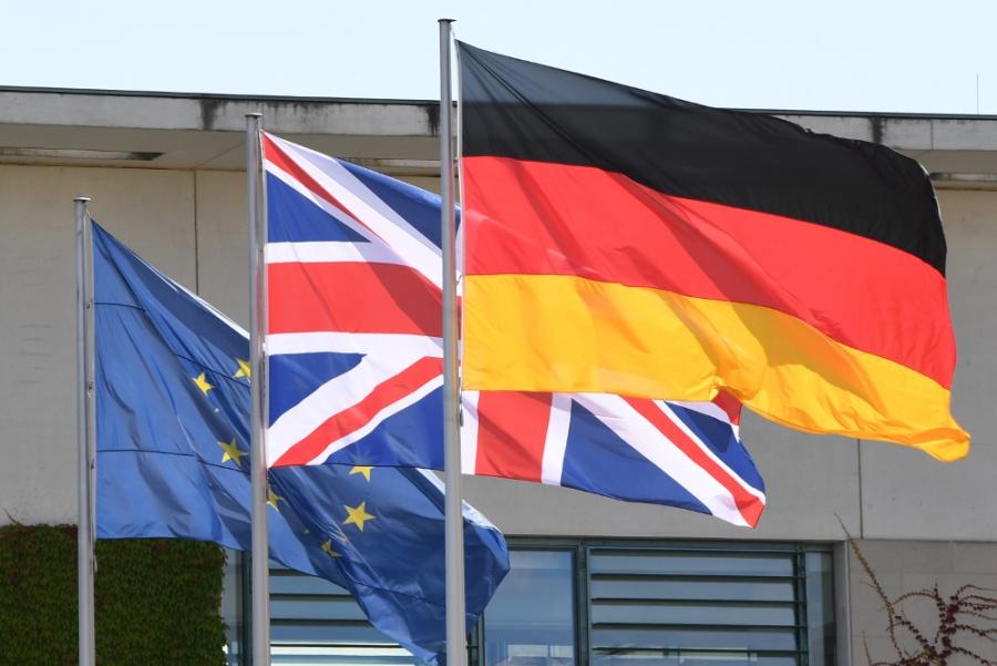 Γερμανία: Χαιρετίζουμε κάθε πρόοδο προς την κατεύθυνση ενός ομαλού Brexit