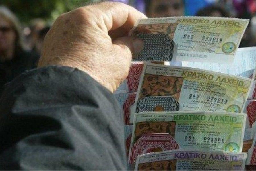 Οι απατεώνες της Πετρούπολης: Έκλεψαν 880.000 ευρώ, προδόθηκαν από την απληστία τους