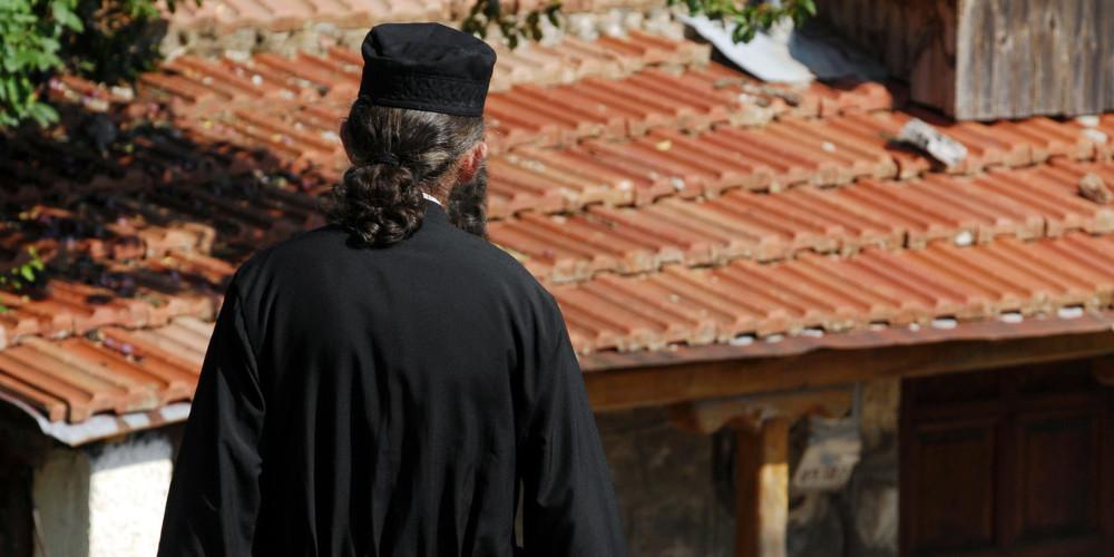 Βόλος: Για 2η φορά ένοχος ο 80χρονος ιερέας που ασελγούσε σε 11χρονη – Καταδικάστηκε για συνέργεια η μητέρα