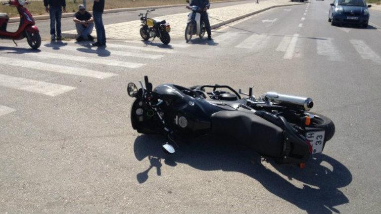 Σε σοβαρή κατάσταση ανήλικος μετά από τροχαίο με μηχανή