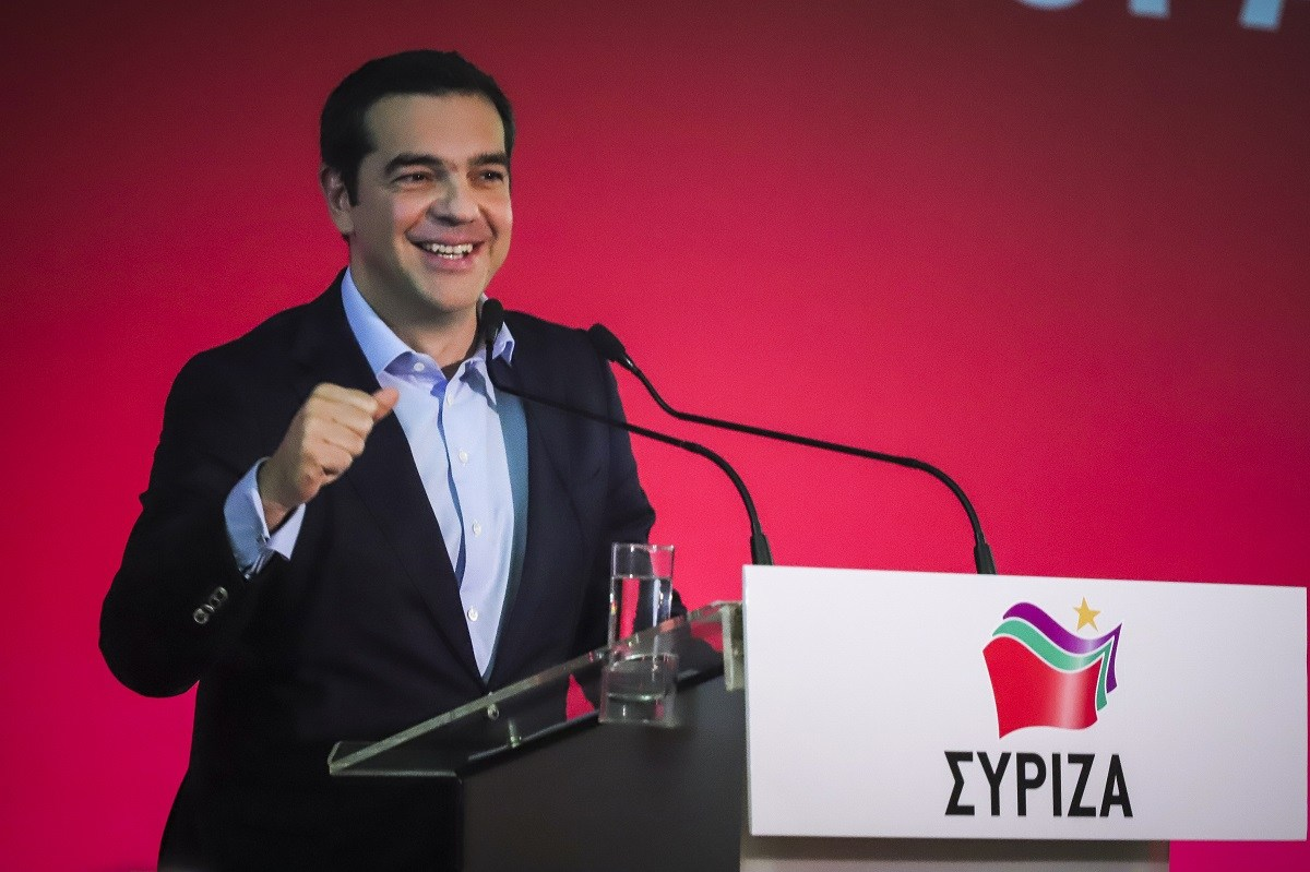 LIVE: Η ομιλία του Αλέξη Τσίπρα στη συγκέντρωση του ΣΥΡΙΖΑ στη Θεσσαλονίκη