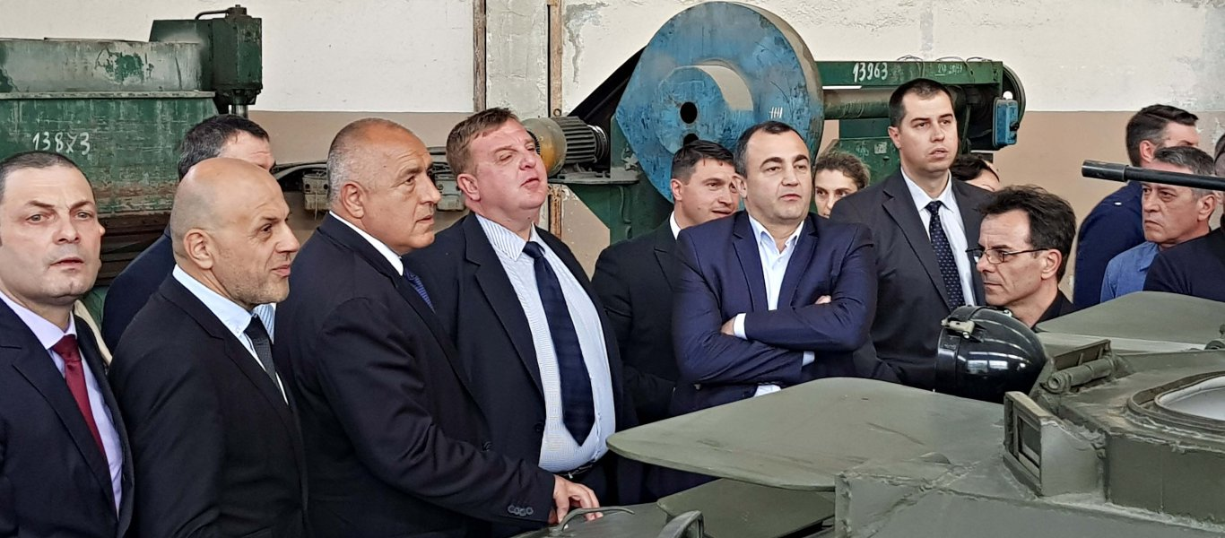 Νέα παρέμβαση από Σόφια – Βούλγαρος υπουργός Άμυνας σε Σκόπια: «Σταματήστε την παραχάραξη της ιστορίας»