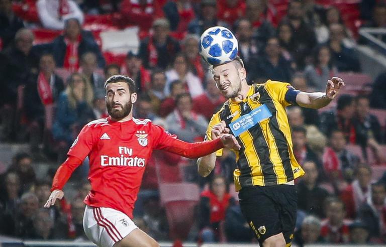 Champions League, Μπενφίκα – ΑΕΚ 1-0 LIVE: Αποβολή και γκολ κατά της Ένωσης – videos
