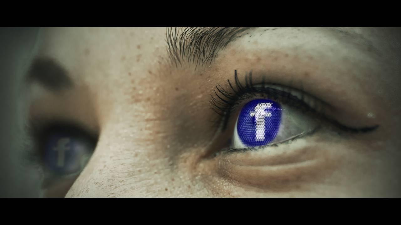 Πανικός με το Facebook: Αποσυνδέθηκαν ξαφνικά εκατομμύρια λογαριασμοί