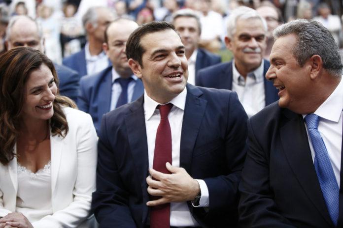 Αλέξης Τσίπρας: «Κατάκτηση να με δέχονται οι ξένοι ηγέτες χωρίς να φοράω γραβάτα»!
