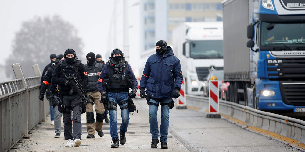 «Αλλάχ Ακμπάρ» φώναζε ο δράστης της ένοπλης επίθεσης στο Στρασβούργο την ώρα που πυροβολούσε [βίντεο]